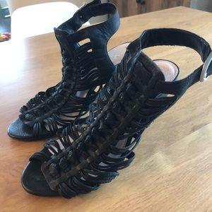 Vince Camuto black Sandal Heels!